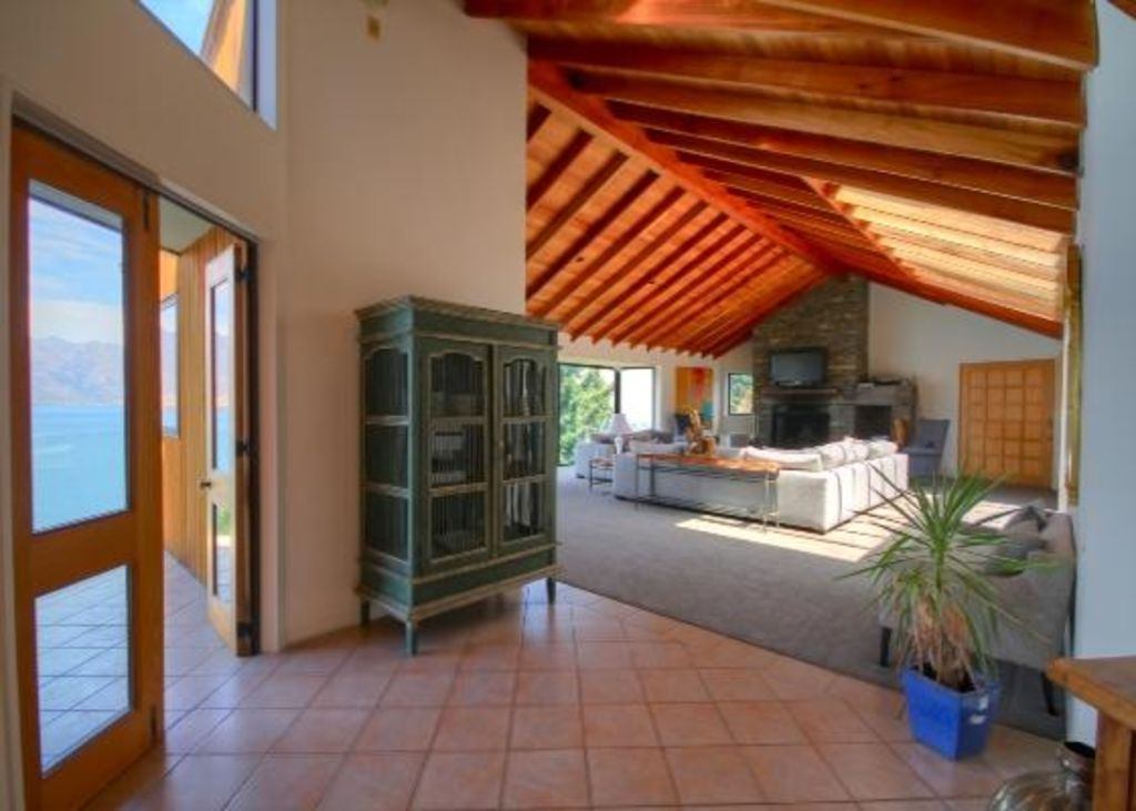 Spacious holidaymaking in breathtaking spot!