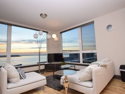 Photo for Waterfront+Pike Place 1 Bedroom Water Views 12 AG