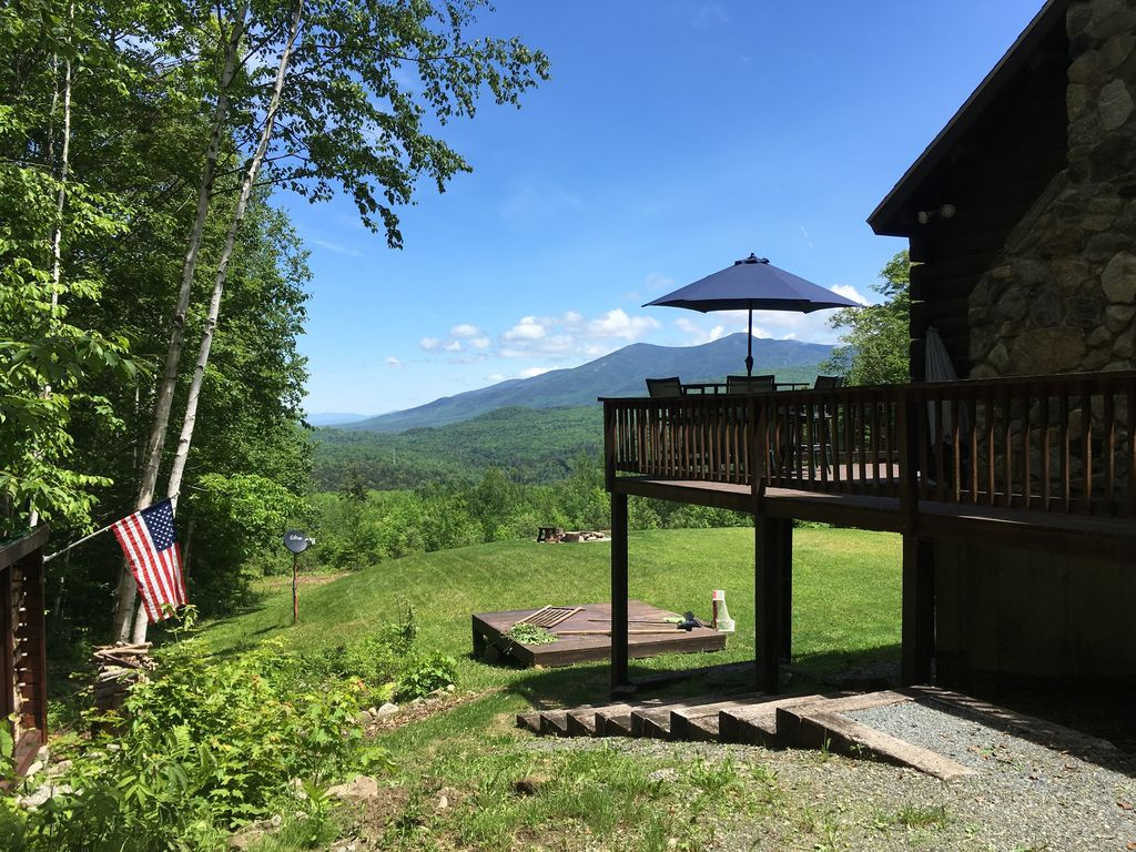 Spectacular mountain views log cabin on 5 private acres for Ski cabins in new hampshire
