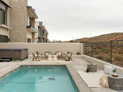Photo for Private Pool, Hot Tub, 8 Stunning Rooms Overlooking The 8th