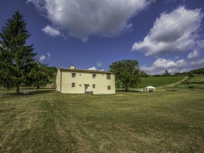 Photo for Independent farmhouse in the Chianti area with private pool 16 km from Florence