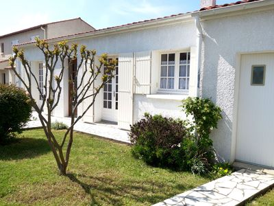 Photo for Wonderful private villa with WIFI, TV, washing machine and parking