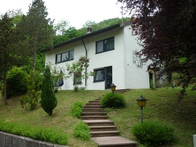 Photo for Modern, quiet apartment for 2-4 people in the Upper Danube Valley Nature Park