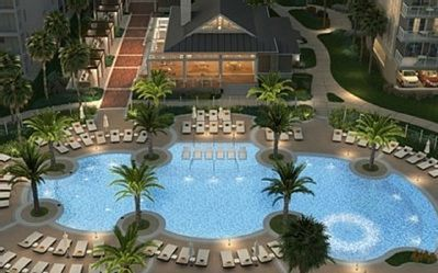 5 STAR Amenities. New Heated Pool, Extra Large Hot Tub & Pool Side Restaurant