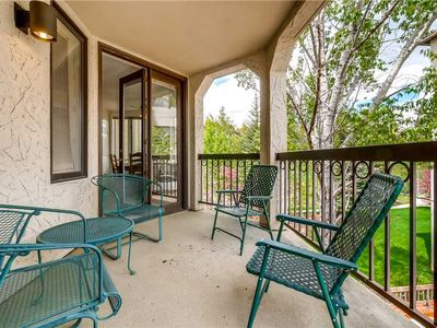 Photo for Beautiful 2 Bedroom + Den Condo w/Onsite Pool & Hot Tub, Private Balcony for Summer Views