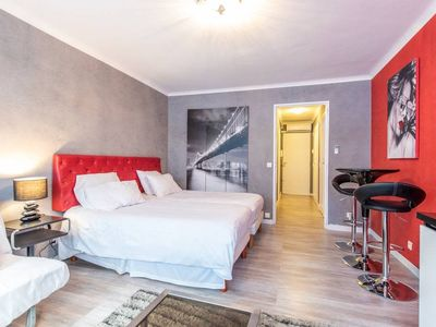 Photo for Croisette Studio 4 pax, 100m from Beach and Palais