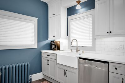 Kitchen with drip/ K-cup coffee maker