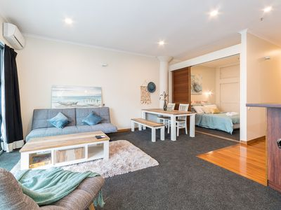 Photo for 1BR Apartment Vacation Rental in Auckland, Auckland