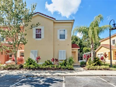 Photo for 4 bed townhome with fulll size pool