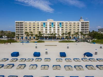 Photo for Azure Tradewinds, Gulf Front View, 1 Bedroom Suite Sleeps Six