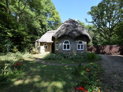 Photo for 2 bedroom Cottage in Calbourne - IC133