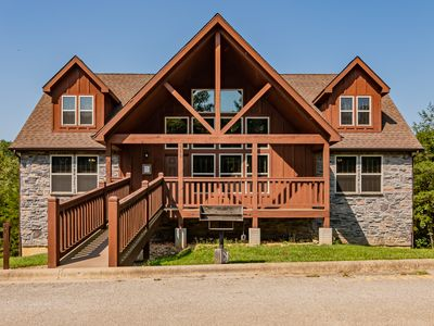 Photo for BEAUTIFUL LODGE with 7 Master Suites!! By Pool!