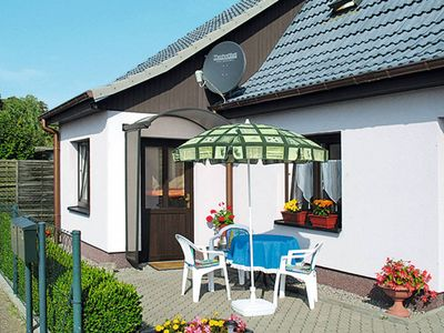 Photo for Vacation home in Malchin, Mecklenburg Lakes - 4 persons, 2 bedrooms