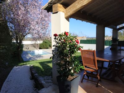 Photo for Close to Nimes, the calm of a village in a beautiful villa with swimming pool.