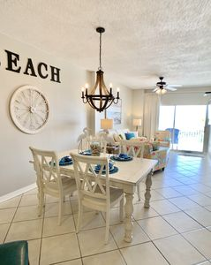 Photo for Tidewater-BEACH FRONT-2/2 Kings-FANTASTIC FALL RATES-Book Now!