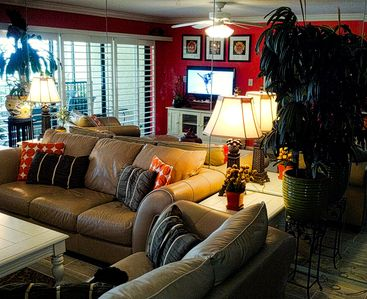 Living Room with Large Flat Screen TV/DVD