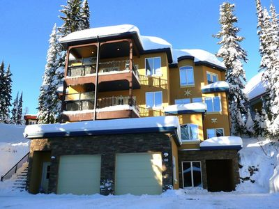 Photo for Popular Combined Home and Suite - Sleeps 16 - Pet Friendly Too!