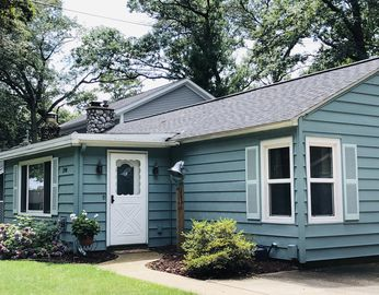 3- bedroom Cottage also available for monthly rental September-May