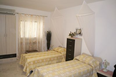 Family Size Twin Bedroom plus double sofa  bed fully air conditioned