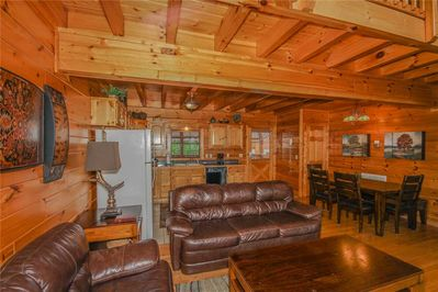 Grand View Lodge - Living Room with Dining Area and Kitchen