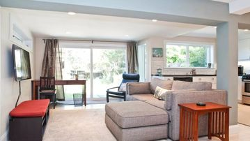 Private, Newly-Renovated 1-Br Apt Near GG Park, 5* Food, & Easy Access Downtown
