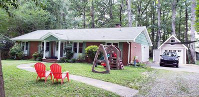 Photo for Family-friendly, quiet, authentic southern, 1960s brick ranch home close to DUKE