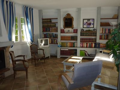 Photo for Appt 84m2 Rez of Garden on Terrace shaded Calm 200m of the Port. WIFI offered.