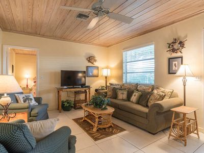 Photo for Delray Beach 300 steps to Ocean 2/2 Free Beach Passes, WiFi, parking + Book!