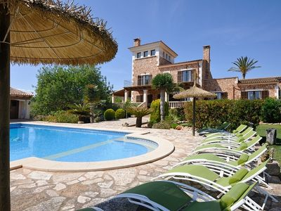 Photo for Luxury villa 330m2,pool, free WIFI, lerge garden and love