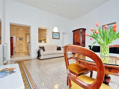 Photo for Apartment 199 m from the center of Rome with Internet, Air conditioning, Lift, Washing machine (370016)