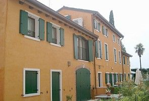 Photo for Attractive 2 bed / 2 bath duplex apartment on the side of Lake Garda