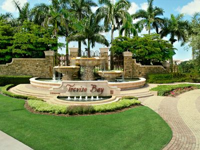 Photo for Stunning, prof. decorated 3rd floor condo w/ TPC golf, minutes to d-town Naples