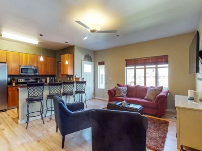 Photo for NEW LISTING! Lovely condo w/modern kitchen & balcon-great location in downtown