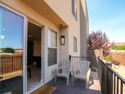 Photo for Gorgeous condo with shared pool and hot-tub, short drive to Arches National Park