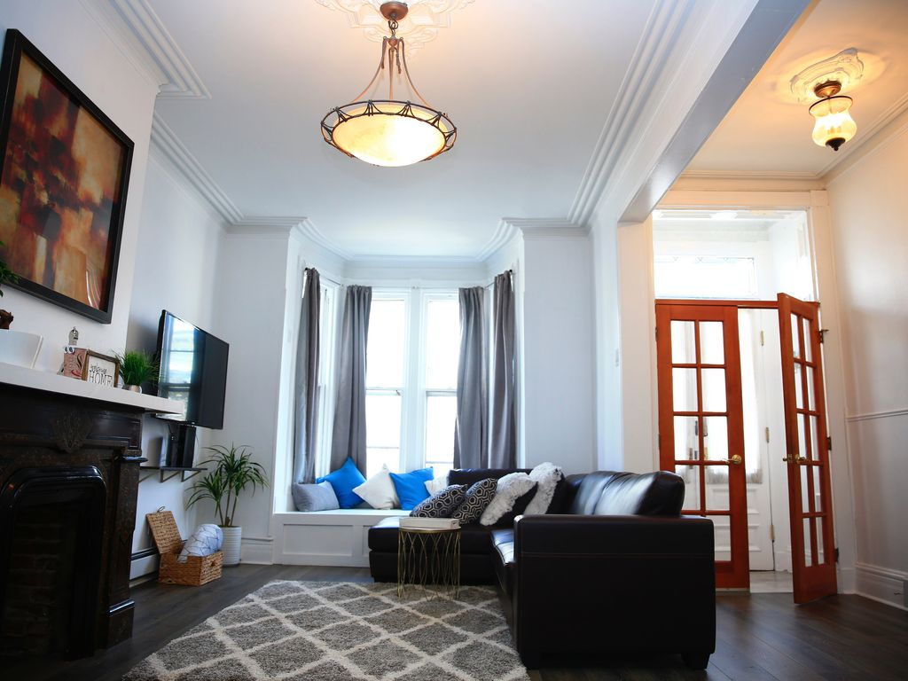 2 Stunning New renovation 3 bedroom/2 bath Close to NYC/Manhattan 30 ...