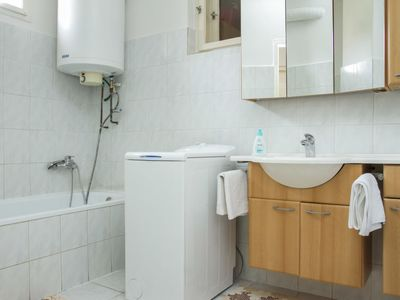 Photo for Vacation home Balaton H505 in Keszthely/Balatonkeresztur - 4 persons, 3 bedrooms