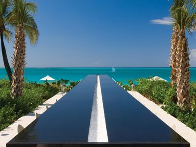 Photo for *Please Enquire* Specials available - One bedroom Ocean front Villa on Grace Bay