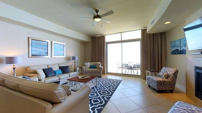 Large family area with a view overlooking the Gulf.JPG