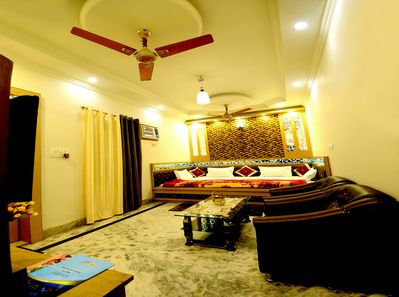 KING FAMILY DOUBLE ROOM
