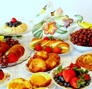 Food Basket Breakfast Lunch and Dinner Options