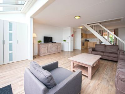 Photo for Apartment Oostergeest in Uitgeest - 6 persons, 3 bedrooms