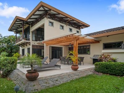 Photo for Amazing fully-equipped Home with private pool and Golf course view