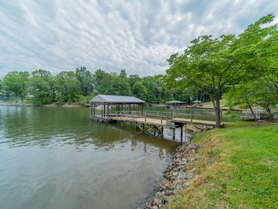 Photo for Relax on Riverbend - Newly Remodeled, Great Amenities!
