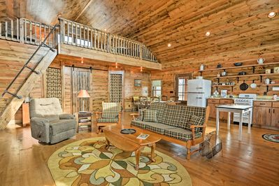 This 1,120-square-foot cabin combines rustic charm with modern amenities.