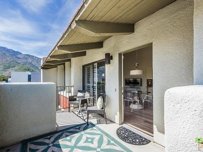 Photo for WOW! BEAUTIFUL 2 BED/2 BATH CONDO WITH MOUNTAIN VIEWS AND WALKABLE TO TOWN!