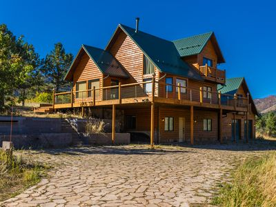 Photo for Cascade Mountain Retreat - Best views! Secluded Log Cabin that sleeps 8