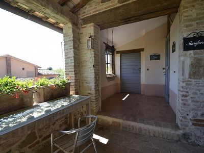 Photo for One bedroom Villa, sleeps 4 in Strada with Pool and WiFi