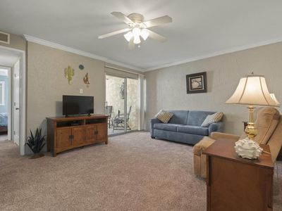 Photo for ⭐️ Super clean condo in the heart of Old Town Scottsdale, Pool, gated parking
