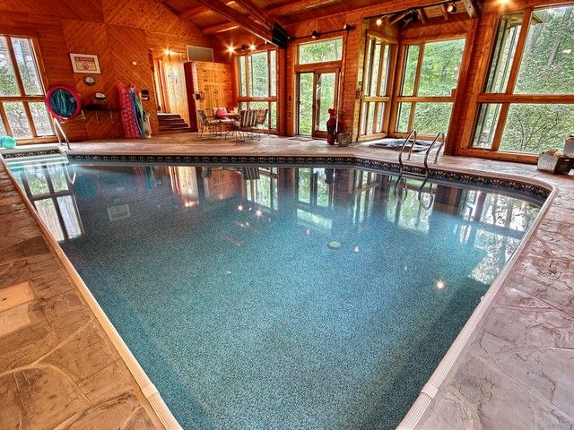 July Weekend Has Just Opened Up! Indoor Pool. Hiking Trail. Nicely Secluded!