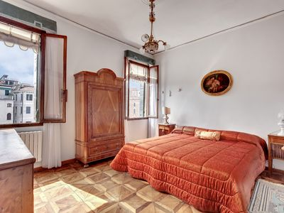 Photo for San Vidal - Apartment for 6 people in Venecia